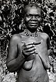 African woman holding female circumcision knife Wellcome V0031164.jpg