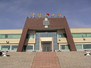 Autonomous prefecture in Xinjiang, People