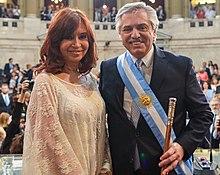 220px Alberto Fernandez presidente y Cristina vice
