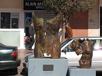 Museo de Escultura al Aire Libre de Alcalá de Henares - Image: Alcalá de Henares Madrid 114 José Luis Pequeño