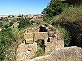 Alcuni resti dell'Acropoli sul colle di S.Pietro.JPG