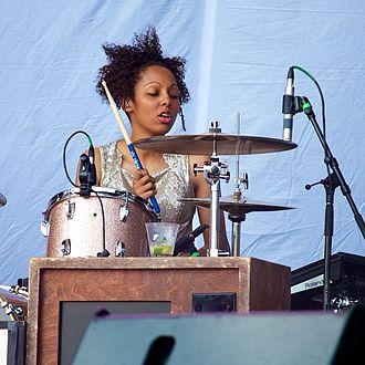 Alicia Warrington - Alicia Warrington performing with Kate Nash at Lollapalooza in 2014