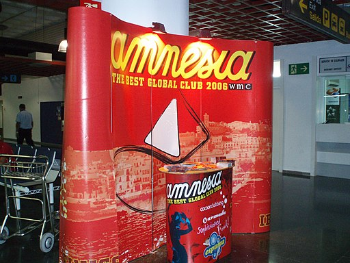 Amnesia in the airport! (1333613400)