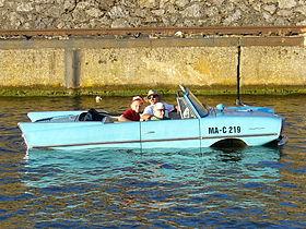 280px-Amphicar-stuttgart-2005.jpg