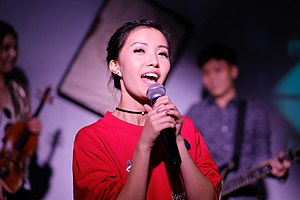 Annette Singing at canvas club.jpg