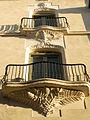 Antic Hotel Pompidor, c. Sant Pere, balcons.jpg