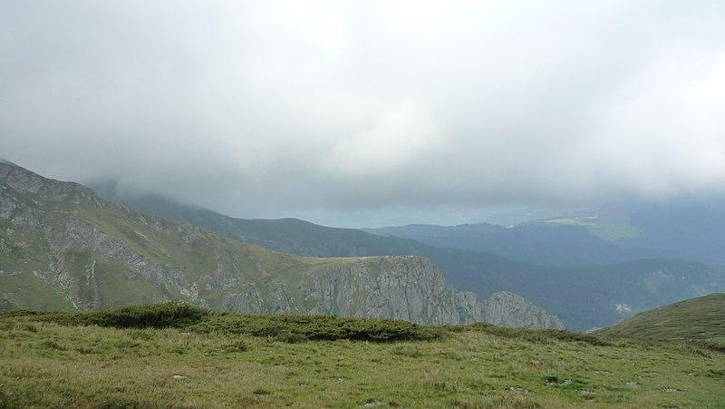 File:Apriltzi, Bulgaria - panoramio (81).jpg