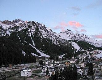 Livinallongo del Col di Lana - Image: Arabba 2002 09 26 08.05.18