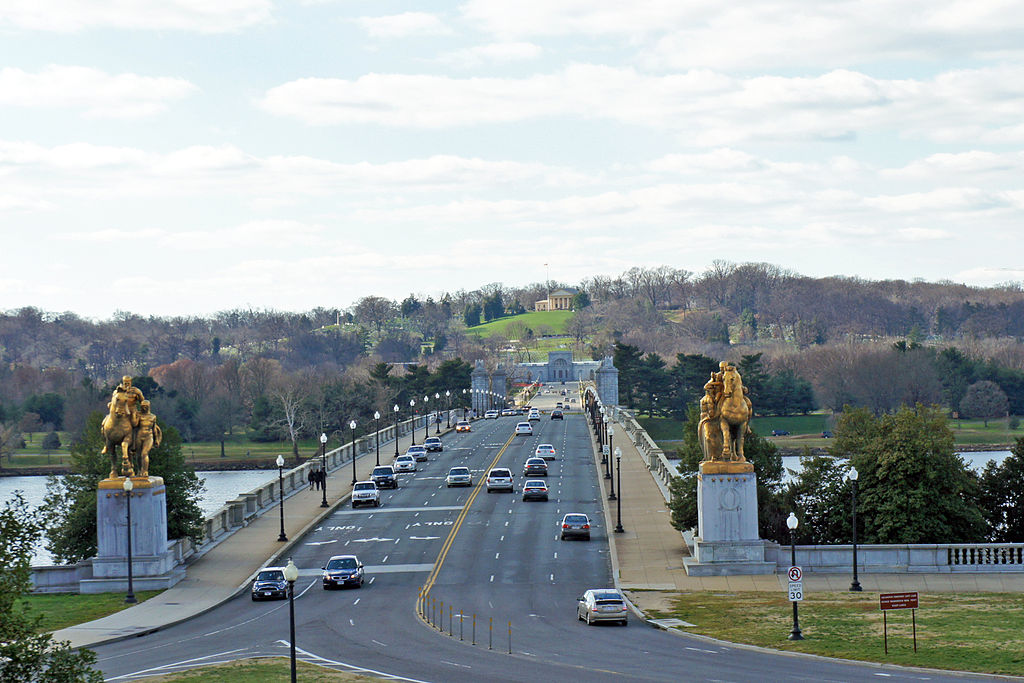 Arlington Memorial Bridge DC 12 2011 00091