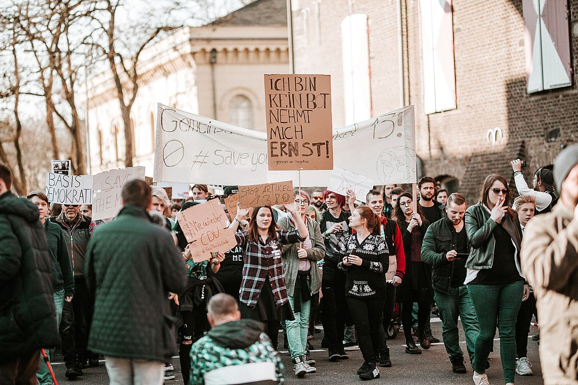 Artikel 13 Demonstration Köln 2019-02-16 142.jpg