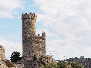 Atalaya Torre de los Lodones y Canto del Pico.jpg