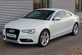 Audi A5 Coupé 2.0 TFSI quattro S tronic Gletscherweiß Facelift.JPG