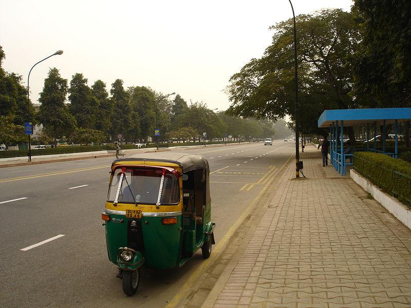 File:Autorickshaw in New Delhi 2005.jpg