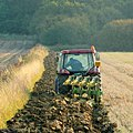 Autumn ploughing 1 - geograph.org.uk - 1535892.jpg