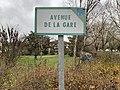 Avenue de la gare (Beynost) - panneau.jpg
