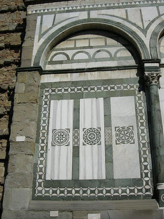Facciata della Badia Fiesolana (particolare), Località San Domenico, Fiesole