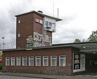 Bahnhof Essen-Bergeborbeck 01 Stellwerk Ebf.JPG