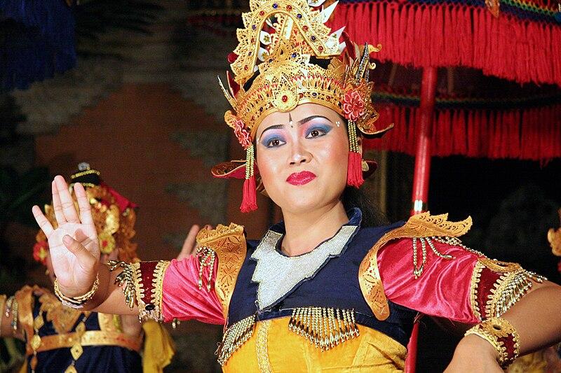 File:Bali-Danse 0706a.jpg
