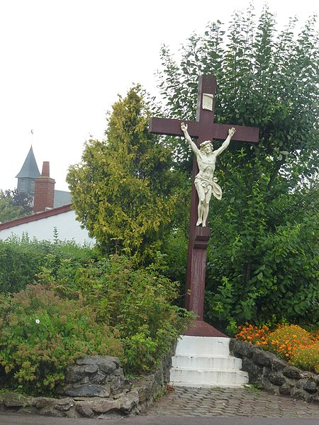 Balinghem (Pas-de-Calais) croix de chemin