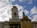 Barnsley town hall and war memorial. - geograph.org.uk - 548032.jpg