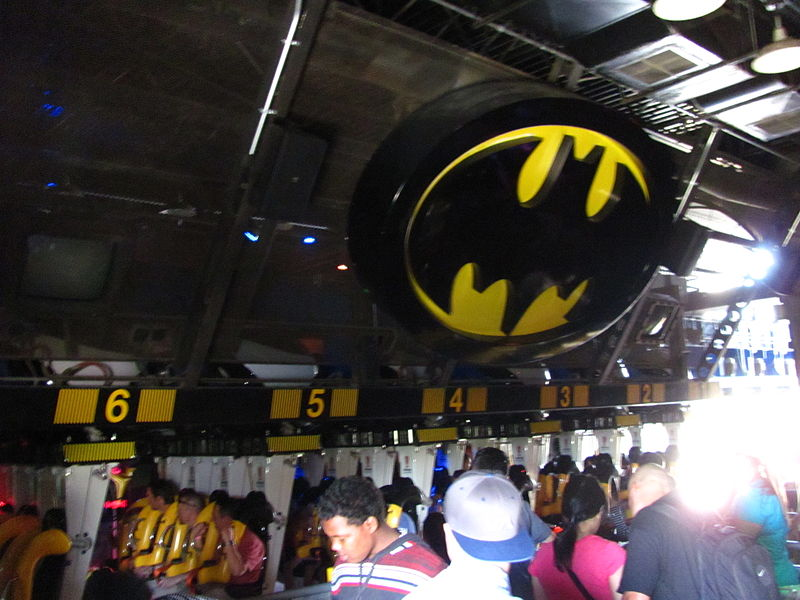 File:Batman The Ride Backwards at Six Flags Magic Mountain (13208127584).jpg