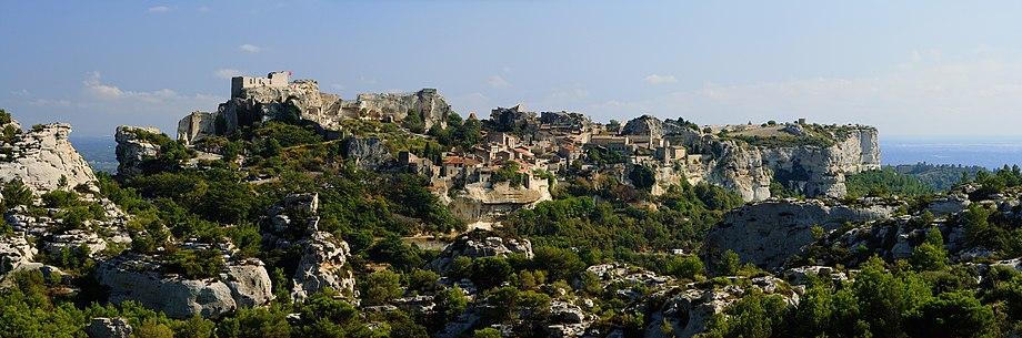 242b04d8d882 Les Baux-de-Provence seen from the north-west