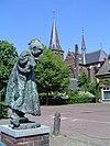 beers, statue et église