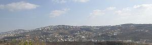 Beit Wazan - Beit Wazan to the right