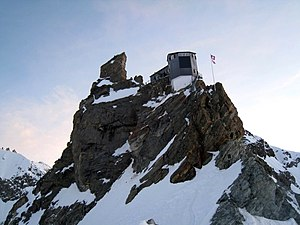 Mountain hut - Image: Bertol