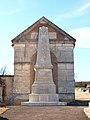 Billy-sur-Oisy-FR-58-monument aux morts-01.jpg