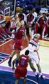 Blake Griffin dunking 2.jpg