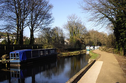 Boats moored on the canal, Pontymoel - geograph.org.uk - 2291587