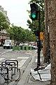Boulevard Saint-Martin (Paris), feu rouge 04.jpg
