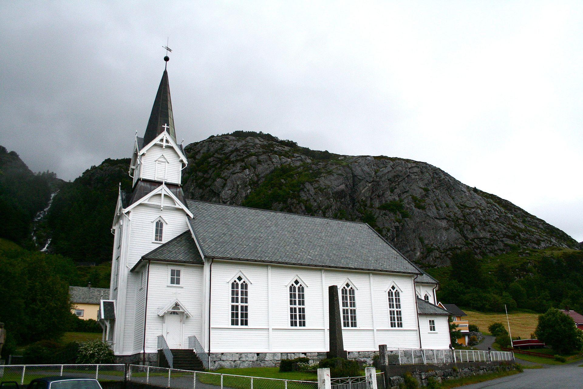 Bremanger kyrkje – Wikipedia
