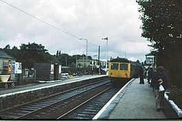 Bromley Cross railway station in 1978.jpg