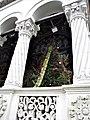 Bucuresti, Romania. Biserica Sfantul Gheorghe Nou. Bradul de Craciun in pridvor. Decembrie 2017. (2).jpg
