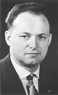 Manfred Gerlach German jurist and politician