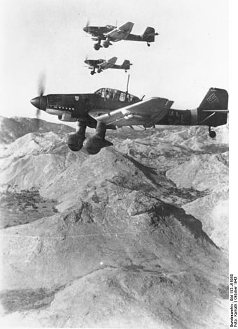 Kette of Ju 87 Ds in flight, October/November 1943 Bundesarchiv Bild 183-J16050, Flugzeuge Junkers Ju 87.jpg