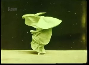 File:Butterfly dance (1895).webm