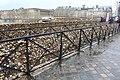 Cadenas amour Pont Neuf Paris 6.jpg