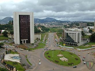 Yaoundé - A roundabout near the place du 20 mai
