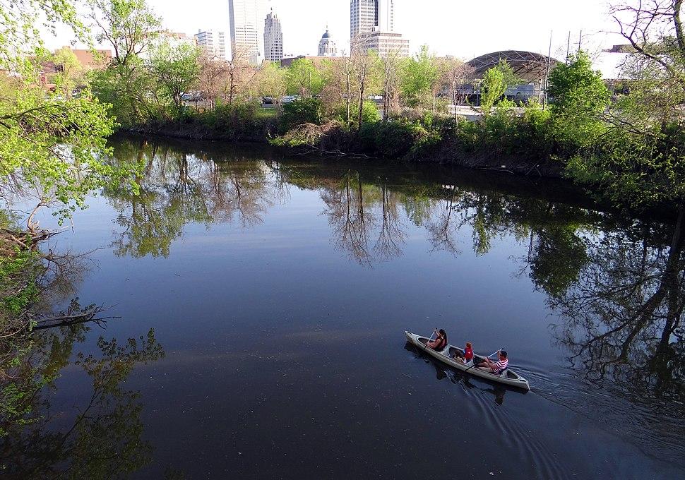 Canoeing on St. Marys River, Fort Wayne, Indiana