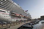 Carnival Vista docked in Valletta hnapel 02.jpg