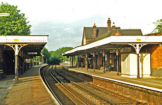 Carshalton railway station - Platform view (1986)