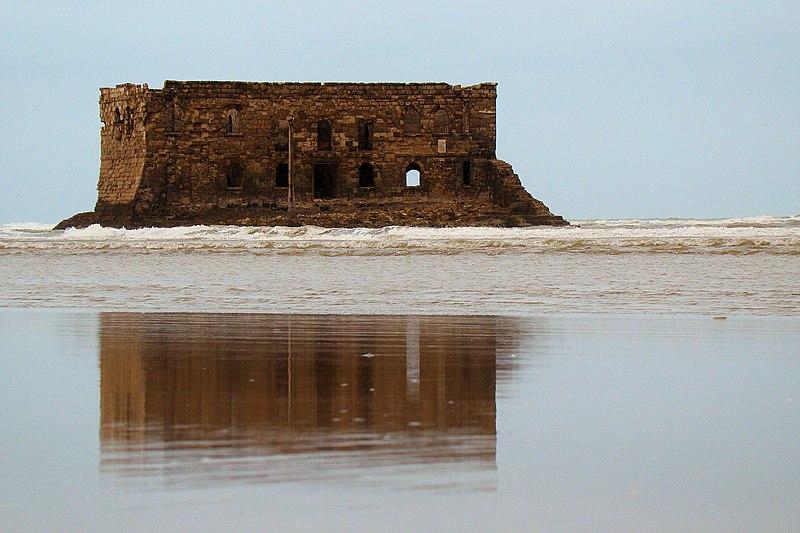 File:Casa Mar Fortress in Tarfaya 2011.jpg