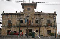 Casa del conceyu de Colunga.JPG