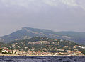 Cassis - general view - from the sea.JPG