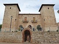 Castillo Palacio de Celadas 03.jpg