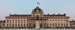 Central building of Ecole Militaire at dusk, Paris 7e 20140607 1.jpg