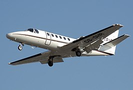 Cessna 550b citation bravo cs-dhr arp.jpg